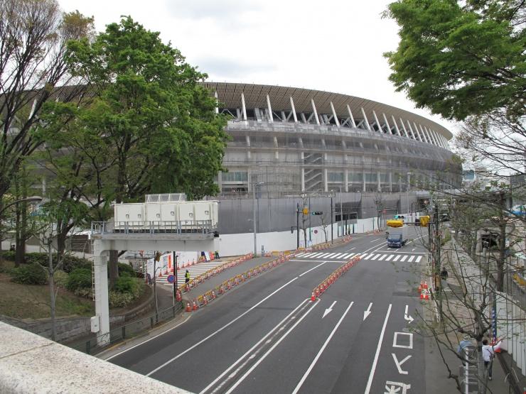 今、東京で注目の建造物がここにある!代々木公園から新国立競技場、皇居前二重橋を歩く