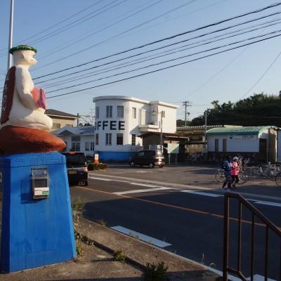 今年のコース:河和口駅前 かっぱの後ろは海!