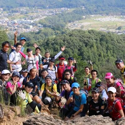 変化に富んだトレイルは山の魅力がいっぱい!入門者向けトレイルランニングツアー(埼玉県)