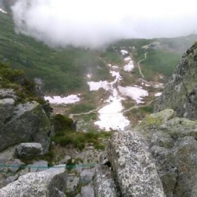 中央アルプス山岳トレイル縦走(宝剣岳山頂から撮影:2017年7月、会代表者が単独実施)