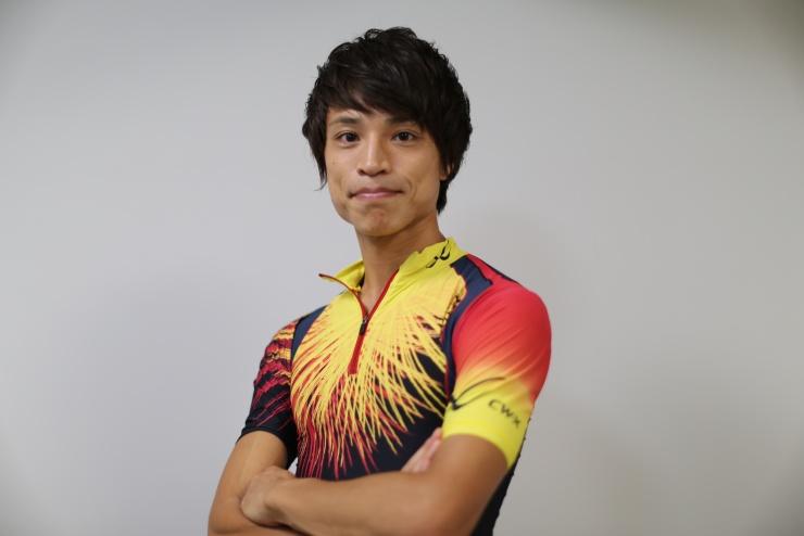 """代表でコーチ兼トレーナーの""""たなー""""こと田中康二です。現在はさまざまなお客様に情報を配信する目的でyoutuberとしても活動中です。"""