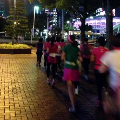 【ウィメンズマラソンのコースの一部を走る】女性限定☆ナイトラン