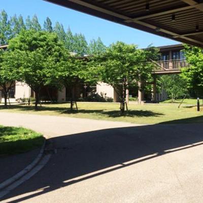 AIUの美しい図書館~秋田空港往復コース(秋田市)