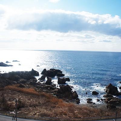 岩ガキに温泉!日本海夕日コース(秋田市)