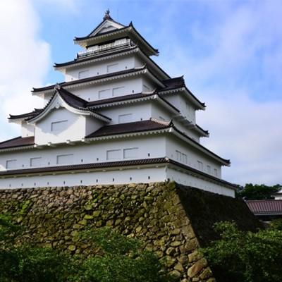 天守閣を間近に見上げる鶴ヶ城1周コース(会津若松市)