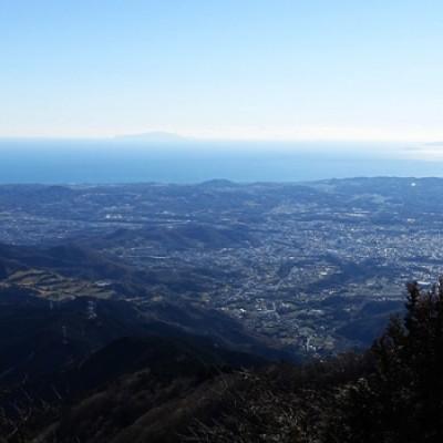 丹沢の大山(1,252m)にチ...