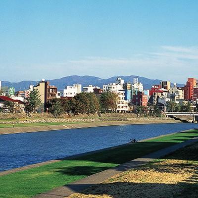 金沢ランナー御用達スポット、犀川河川敷コース(金沢市)