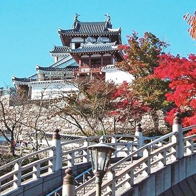 福知山城と由良川、丹波のもみじ寺長安寺コース(福知山市)