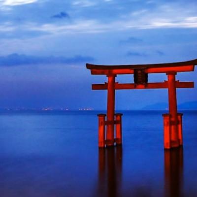 琵琶湖の西沿岸を走る白髭神社コース(大津市)