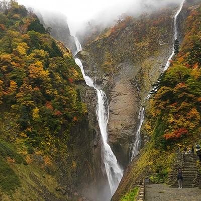落差日本一!称名滝を目指す山坂コース(立山町)