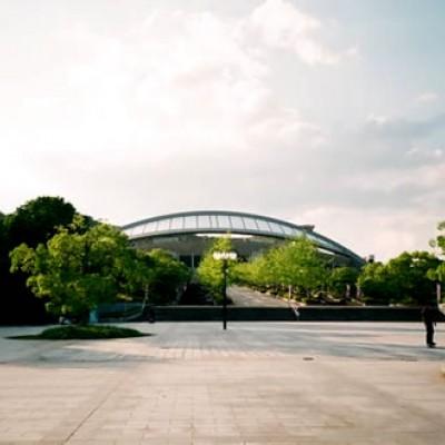 スポーツの聖地。エディオンスタジアムコース(広島市)