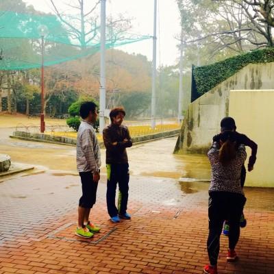 1回目は雨でしたが、外での講義もやりました。