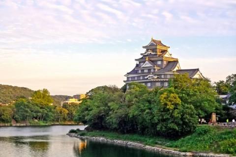 日本三名園のひとつ。後楽園周回コース(岡山市)