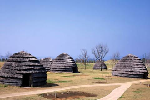 9500年前の集落遺跡。上野原縄文の森コース(霧島市)
