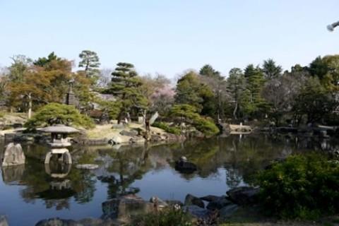 名古屋の繁華街、栄地区から鶴舞公園コース(名古屋市)
