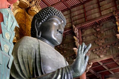 神社仏閣、史跡、古墳をめぐる歴史探索コース(奈良市)