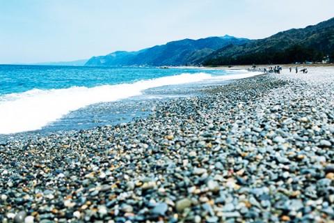 海トレ山トレを一度に!ヒスイ海岸・城山コース(朝日町)