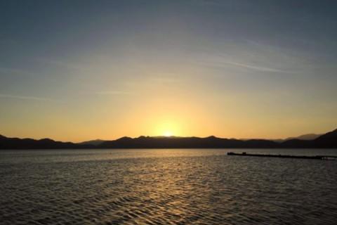 日本一深い淡水湖、田沢湖一周コース(仙北市)