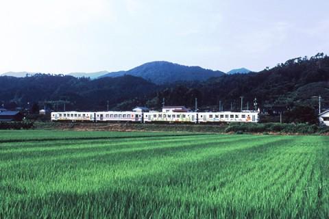近代遺産・若桜鉄道沿線を走るコース(八頭町)