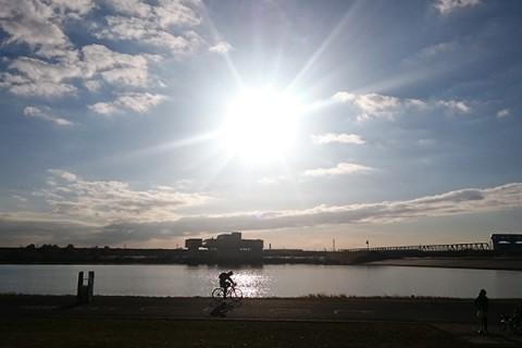 湖岸のサイクリングロード!彩湖一周コース(戸田市)