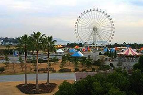 瀬戸内海を望む、赤穂海浜公園ふれあいロード(赤穂市)