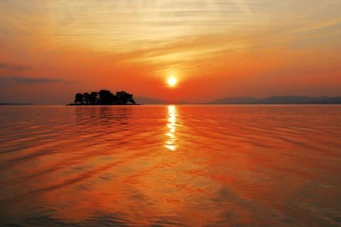 宍道湖の朝日と夕日を堪能できるコース(松江市)