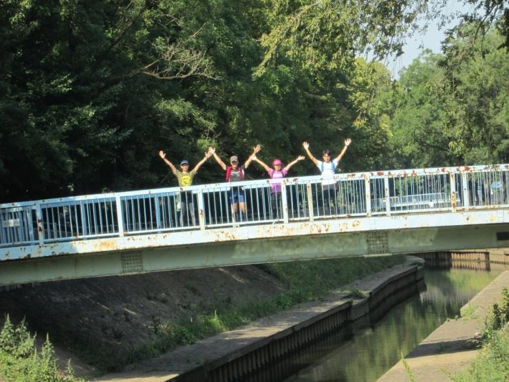 約3kmが善福寺川に沿う緑道です。