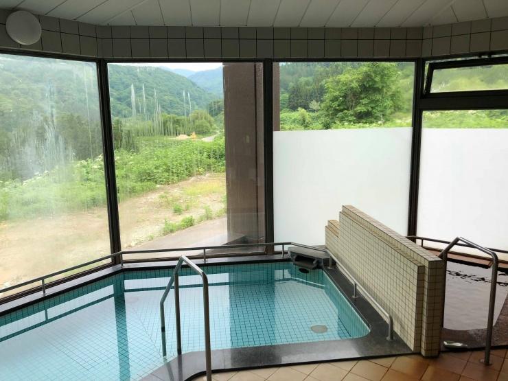 日帰り温泉 350円(月の沢温泉北月山荘)