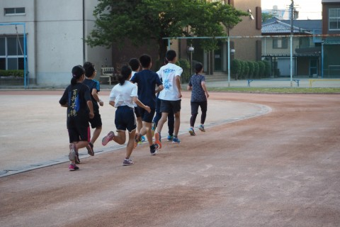 夏で差をつけるランニング教室!元日本代表による中高生に大切な栄養講義も開催!