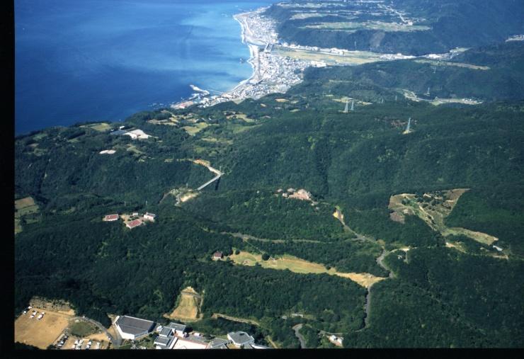 室戸市に広がる海成段丘。この海成段丘が舞台としたトレイルランニング大会を企画します。