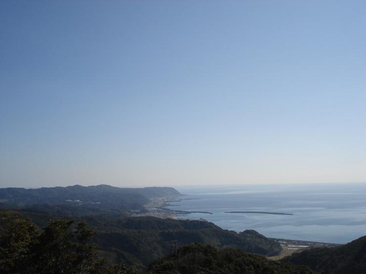 海成段丘から室戸岬を望む(自然の家トレランコースより)