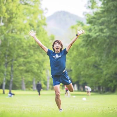 当日ランニングの講義やその他トレーニングを担当する沖です。普段はフルマラソンを主に走っています。