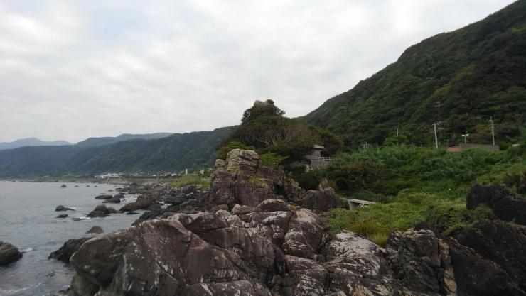 不動岩と崎山台地(前半コース)