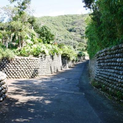 八丈島の特徴的な玉石垣