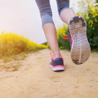 『膝痛ランナー必見!ランニングハウツー&プレエクササイズ』~最後まで痛みなく、気持ちよく走れる!~