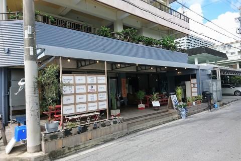 北谷の海風を感じるランニングツアー@AIEN Coffee & Hostel