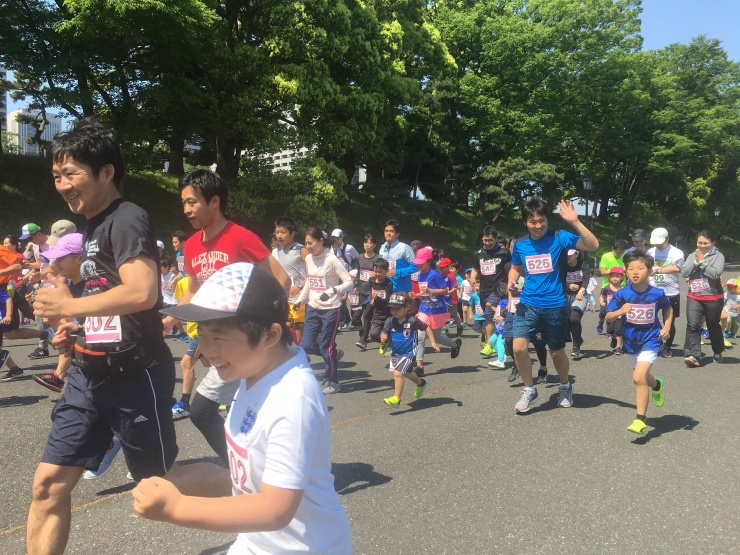 親子マラソン風景