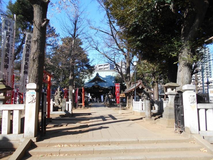 武蔵野が残る雑司ヶ谷の鬼子母神です。