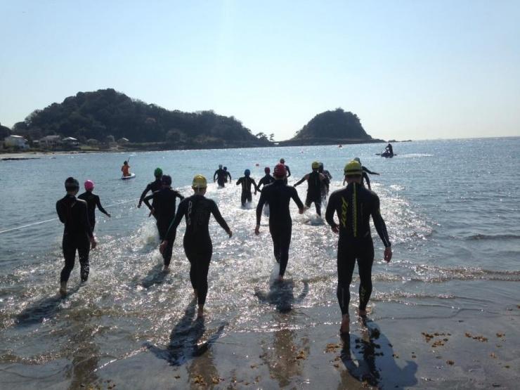 【オーシャンスイム&イベントを開催】  都内近郊の海にてオーシャンスイムレッスン&イベントを開催しています。スイム以外も計画中です!