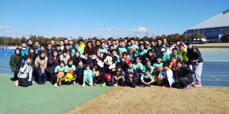 毎年恒例 東広島新春駅伝には今年は11チーム出場