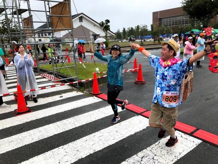 マラソン大会:高橋尚子さんを招いて