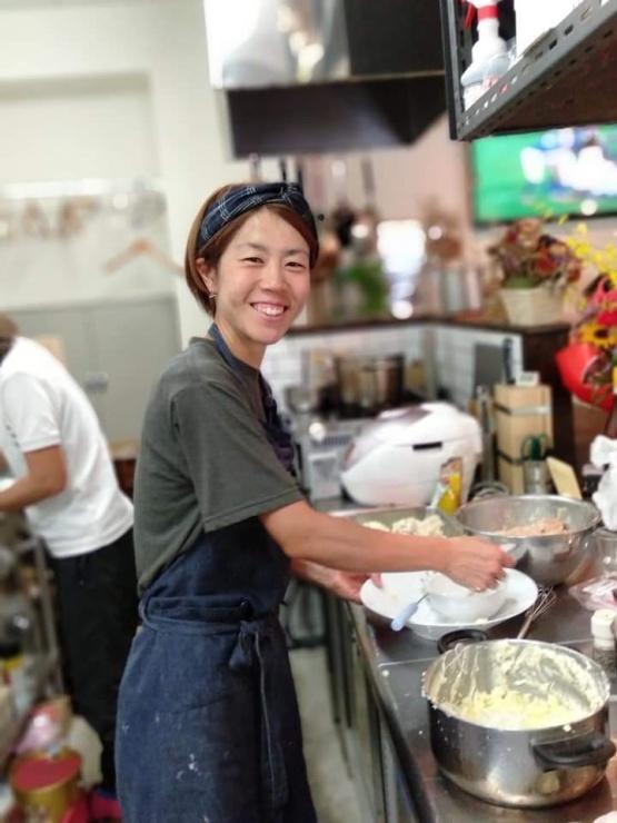 今年の報告会の料理も立石選手お手製