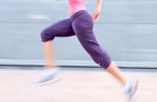 東京代々木織田フィールド 股関節の機能改善エクササイズ+8kmペース走 ランニング教室