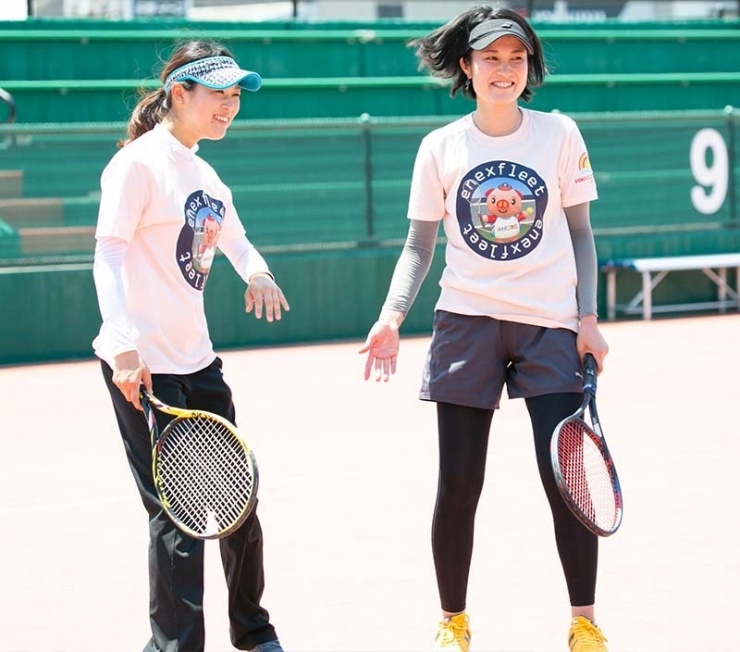 テニスを通じて人生が豊かになります!