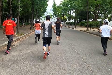 大阪城早朝ラン ガチユル走 30分坂インターバル+30分jog  Viento RC
