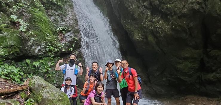 平日昼間 清涼 奥多摩のパワースポット 御嶽山かるいトレラン 約12キロ 3000円