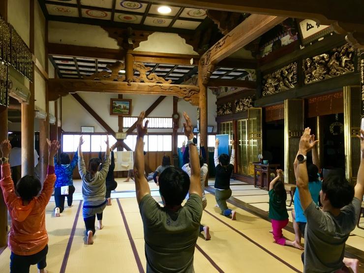 「寺YOGA」フィットネスと伝統文化の融合。新しい形を提供をします。身体を元気に心を豊かにしよう