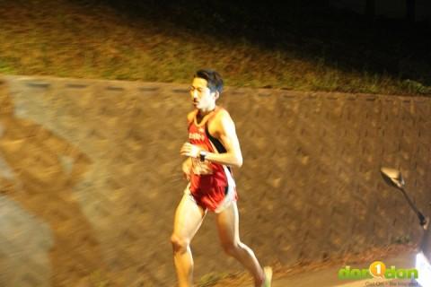 岐阜・ガンバラズニ速く走るには?よくない走りを克服!沖コーチのランニング練習会