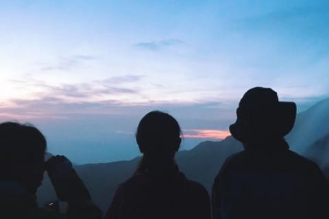 月光とご来光のナイトハイキング/DGR FES 2020 秋の特別ガイドツアー