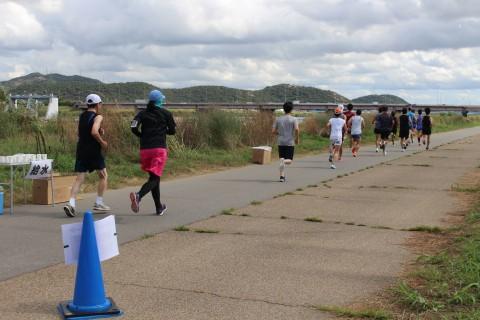 ゆっくり走れば速くなる オンラインマラソン数え唄シリーズ 参加賞Tシャツもパワーアップ